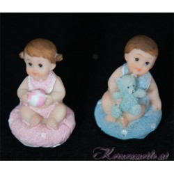 Tortenfigur Baby auf Kissen Dekoration Taufe